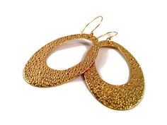New #Giveaway Alert! #Win these gorgeous Golden Oval Hoop #Earrings from @Minabea Click picture for entry form.