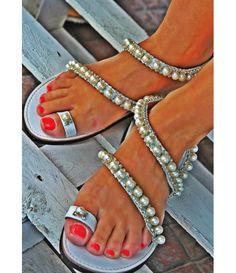 6d99fc45405 7 Best Bar images | Bricolage, Queens, Shoes