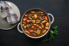 En nydelig og ukomplisert gryterett! Identisk med «One pot wonder» fra bloggen «Mat på bordet» One Pot Wonders, Chana Masala, Chili, Soup, Ethnic Recipes, Chile, Chilis, Soups, Capsicum Annuum
