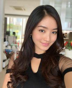 Pin Image by Americano Girls Asian Woman, Asian Girl, Pin Image, Beauty Make Up, Female Models, Justin Bieber, Selena Gomez, Asian Beauty, Like4like