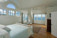 Master Bedroom Suite Sagamore Beach, Sagamore Beach vacation rental on WeNeedaVacation.com ID 20730