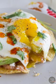 The Rise Of Private Label Brands In The Retail Meals Current Market You Will Not Want To Save These Easy Breakfast Tostadas Just For Breakfast This Flavor-Packed Recipe Is Great For Breakfast, Lunch Or Dinner. Breakfast Desayunos, Breakfast Dishes, Breakfast Recipes, Perfect Breakfast, Breakfast Healthy, Tostadas, Enjoy Your Meal, Mexican Food Recipes, Healthy Recipes