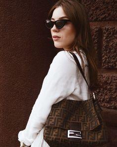 86944fdc853 Vintage vibe Fendi Mama Zucca bag Cat-eye sunglasses   fashion style ootd vintage look fashionblogger fendizucca fendimama mamabag