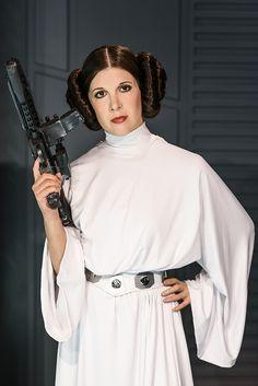 Use this hair tutorial to dress up as Princess Leia on Halloween.