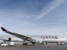 Qatar Airways mit A330 in Berlin