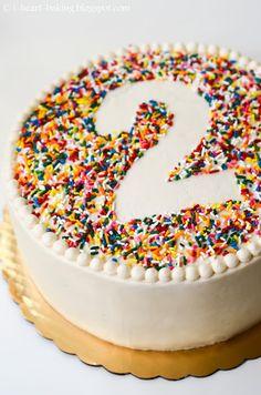 i heart baking!: rainbow sprinkle birthday cake with beaded border