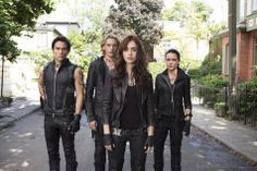 'The Mortal Instruments: City of Bones' Movie Cast Headed to San Diego Comic Con [PHOTOS & VIDEO] - Entertainment & Stars