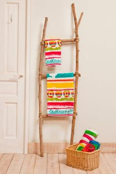Desigual 100% cotton Paint Party towel from the Fun range. An explosion of colour in your bathroom that will make shower time your favourite time of the day.