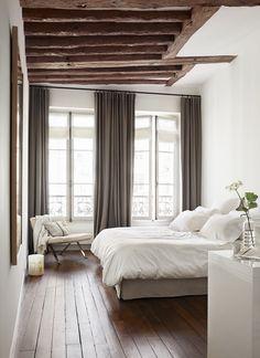 An Elegant Apartment In The Heart Of Paris Clean Bedroom Serene Linen