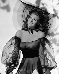 Rita Hayworth In Balck Dress by Retro Images Archive Old Hollywood Stars, Hollywood Icons, Old Hollywood Glamour, Vintage Hollywood, Hollywood Actresses, Classic Hollywood, Hollywood Fashion, Divas, Margarita