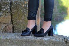 Emma Loves Fashion Men Dress, Dress Shoes, Emma Love, Loafers Men, Love Fashion, Oxford Shoes, Dresses, Footwear, Fall Winter