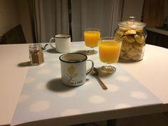 desayunando con galletitas