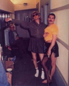 freddie mercury roger taylor | Roger and Freddie - roger-taylor Photo