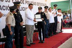 Entrega el Gobernador @RolandoZapataB armamento y equipo por más de 19 mdp a la SSP