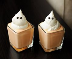 Boo Cups: Orange gelatin, Cool Whip, and chocolate chips are the only ingredients you need to make these sweet and simple boo cups. Source: Meet the Dubiens
