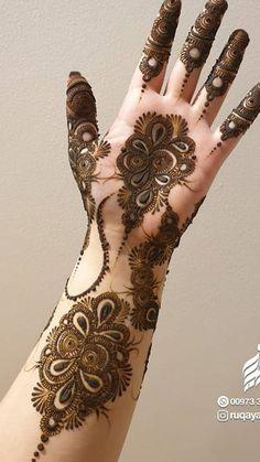 Palm Mehndi Design, Floral Henna Designs, Henna Tattoo Designs Simple, Henna Art Designs, Mehndi Design Pictures, Modern Mehndi Designs, Mehndi Designs For Girls, Mehndi Simple, New Bridal Mehndi Designs