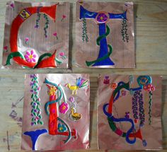 Exploring Illuminated Initials from the Middle Ages with foile