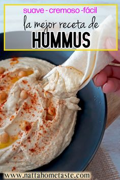 Esta es la mejor receta de Hummus. No solo es rápida y fácil, también es súper cremosa y deliciosa, es mucho mejor que el que compras en la tienda. #hummus #hummuscasero #homemadehummus #garbanzos #aptoparadiabeticos #diabetesfriendly Vegetarian Recipes Easy, Clean Recipes, Vegan Vegetarian, Diet Recipes, Cooking Recipes, Healthy Recipes, Arabian Food, Good Food, Yummy Food