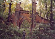 Park gothic bridge