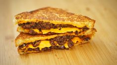 Sanduíche de carne com queijo (Sloppy Joe)