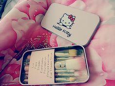 Make Up Brush Set Hello Kitty Rp 80.000