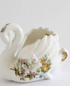 Swan Vase Ceramics
