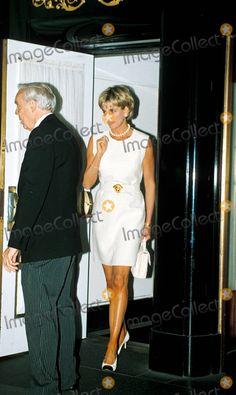 Princess Diana Diana's Dress Auction Christie's, New York Photo:dave Chancellor/alpha/Globe Photos Inc Princessdianaretro