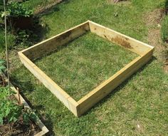How to Build a Raised Bed Tomato & Vegetable Garden:   Complete Details, Pictures and Video    The benefits and future savings, outweigh the minimal work and cost needed to set up a basic raised bed.  A raised bed garden allows you to grow twice as many vegetables in the same space you would use if the garden bed were dug at ground level.