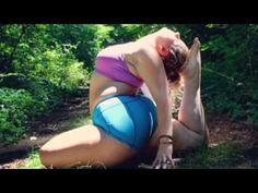 Kickass plus size Dana Falsetti is proving Yoga is for people of all sha...