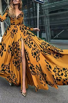 Long Sleeved V-Neck Diana Fall Maxi Dress. maxi dress for wedding guest,style maxi dress,maxi skirt,maxi dress spring,maxi dress outfit casual,long maxi dress,maxi dress outfit #maxidresselegant #maxidress #maxidressoutfit #maxidressesgorgeous #streetstyle #dresses #fashion #streetvova Long Sleeve Maxi, Maxi Dress With Sleeves, Elegant Maxi Dress, Dress Casual, Boho Dress, Evening Dresses, Summer Dresses, Summer Maxi, Prom Gowns