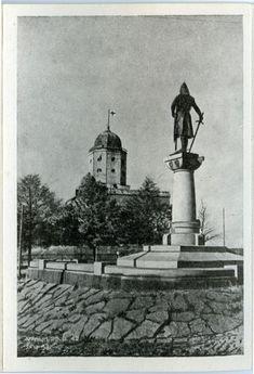 Viipuri ennen ja nyt - kuvat kertovat, kuinka kaupunki on muuttunut Viborg, Map Pictures, Finland, Real People, Statue Of Liberty, Travel, Maps, Lost, Woman