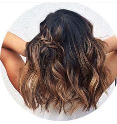 18 kurze braune Frisuren Dark Brown Hair Balayage y belleza Brown Hair Balayage, Brown Lob, Dark Hair Balyage, Balayage Brunette Short, Dark Brunette Balayage, Ombre Brown, Hair Day, Pretty Hairstyles, Medium Hairstyles