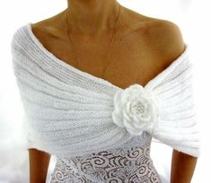 White knit shawl with rosette by olive