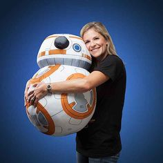 Don't bother pretending you don't want this life-size plush. The big ball droid from 'Star Wars: The Force Awakens' is unbearably cute, and now, he's ready to be hugged. Sewing Stuffed Animals, Cute Stuffed Animals, Stuffed Toys, Star Wars Bb8, Star Trek, Grandeur Nature, Cuddle Buddy, Star Wars Gifts, Soft Plastic