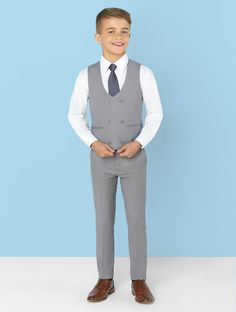 Shop for boys grey wedding suit Ford at Roco Kids Wedding Suits, Grey Suit Wedding, Wedding With Kids, Wedding Tuxedos, Boys Formal Wear, Grey Suit Men, Grey Suits, Suit Combinations, Kids Suits
