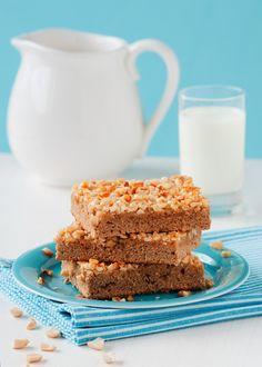 Nusskuchen mit Honig und Erdnüssen | http://eatsmarter.de/rezepte/nusskuchen-26