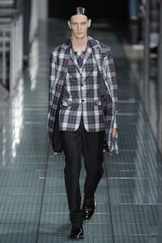 Raf Simons Spring 2012 Menswear - Collection - Gallery - Look 1 - Style.com