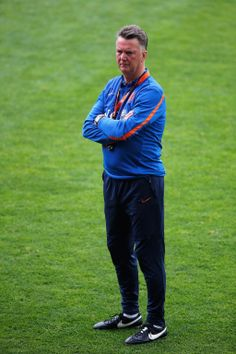 Louis van Gaal's #NED side, who face #CHI at 17:00 BST in a crunch Group B clash.