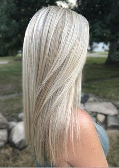 Platinum Blonde highlights -  #blonde #highlights #platinum #platinumblondehighlights Platinum Blonde highlights