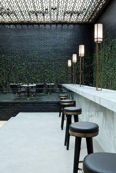 materiales / combinaciones / ladrillo negro luce bien con la combinación de este marmol / natural / artificial: