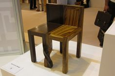 "Kan et Lau, ""Intertwined chairs"""