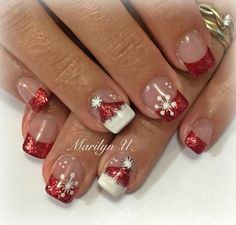 The advantage of the gel is that it allows you to enjoy your French manicure for a long time. There are four different ways to make a French manicure on gel nails. Christmas Gel Nails, Christmas Nail Art Designs, Winter Nail Designs, Holiday Nails, Christmas Design, Winter Christmas, Cute Nails, Pretty Nails, Design Page