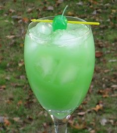 St. Patrick's Day Green Daiquiri Punch