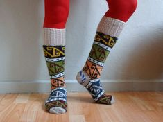 Hey, I found this really awesome Etsy listing at https://www.etsy.com/ru/listing/170268494/knee-high-knitted-socks-wool-socks-knee