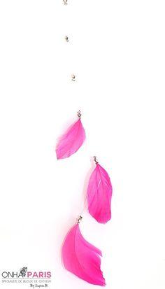 Lana Bijoux de cheveux collection Fantaisie perles et plumes Fuchsia