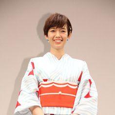 Japanese Girl, Ronald Mcdonald, Polo Shirt, Profile, Actresses, Mens Tops, Character, Girls, Fashion