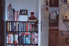 doma knihy My House, Bookcase, Home Decor, Decoration Home, Room Decor, Book Shelves, Home Interior Design, Home Decoration, Interior Design