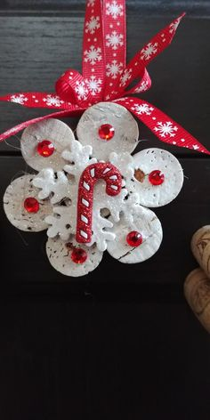 Red & White Peppermint Cork Snowflake Ornaments-Set of 3 image 2 Felt Christmas Decorations, Christmas Ornament Crafts, Snowflake Ornaments, Christmas Projects, Christmas Crafts, Wine Cork Ornaments, Wine Cork Crafts, Felt Ornaments, Bottle Crafts
