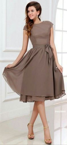 Popular Scoop Short Knee Length Chiffon Bridesmaid Dresses Modest Bridesmaid Dress with Sleeves Trendy Dresses, Modest Dresses, Cute Dresses, Casual Dresses, Fashion Dresses, Formal Dresses, Mob Dresses, Dresses 2013, Modest Fashion