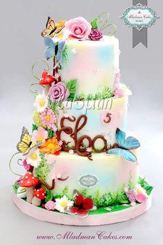 24 Ideas For Birthday Cake Girls Flowers Fondant Cool Birthday Cakes, Birthday Cake Girls, Pretty Cakes, Cute Cakes, Beautiful Wedding Cakes, Beautiful Cakes, Nature Cake, Garden Cakes, Butterfly Cakes
